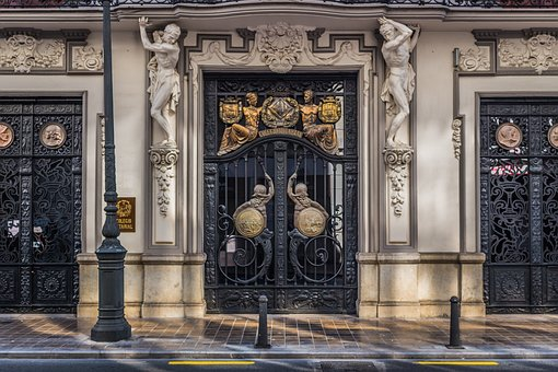 Oude deur | ValenciaGids.nl